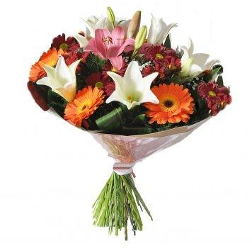 זר פרחים אביבי מקסים 120 שח