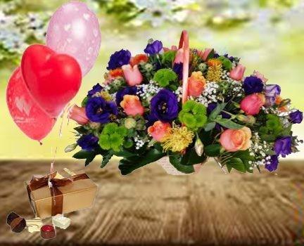 סלסלת ורדים, שוקולד ובלונים 299 שח