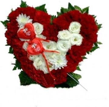 עוגת לב פרחים - בריגט 189 שח