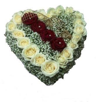 עוגת לב פרחים - מרילין 220 שח